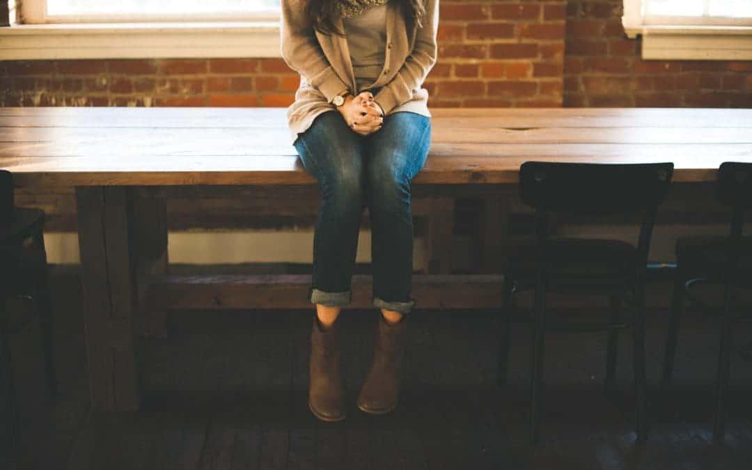 Angst allein zu sein: Wie man Einsamkeit überwindet & Alleinsein erträgt