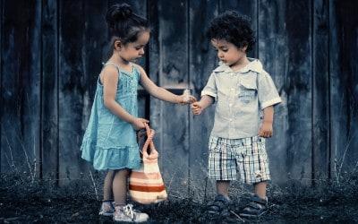 Früher wie heute: Wie das innere Kind uns als Erwachsener in der Liebe lenkt