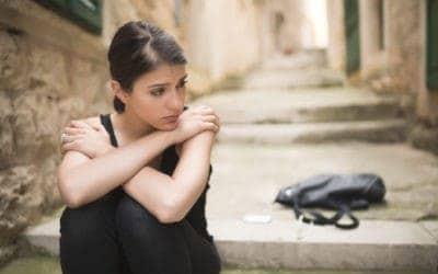 Burnout: Bist du emotional erschöpft & ausgebrannt? (mit Test)