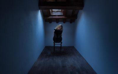 Zum Fühlen gezwungen: Was es heißt, Angst und Panikattacken zu haben