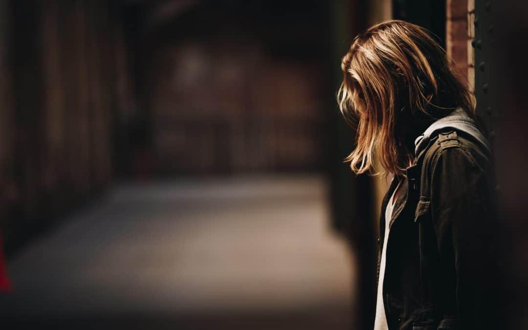 Woher die Angst vor dem Alleinsein kommt & was sich dahinter verbirgt